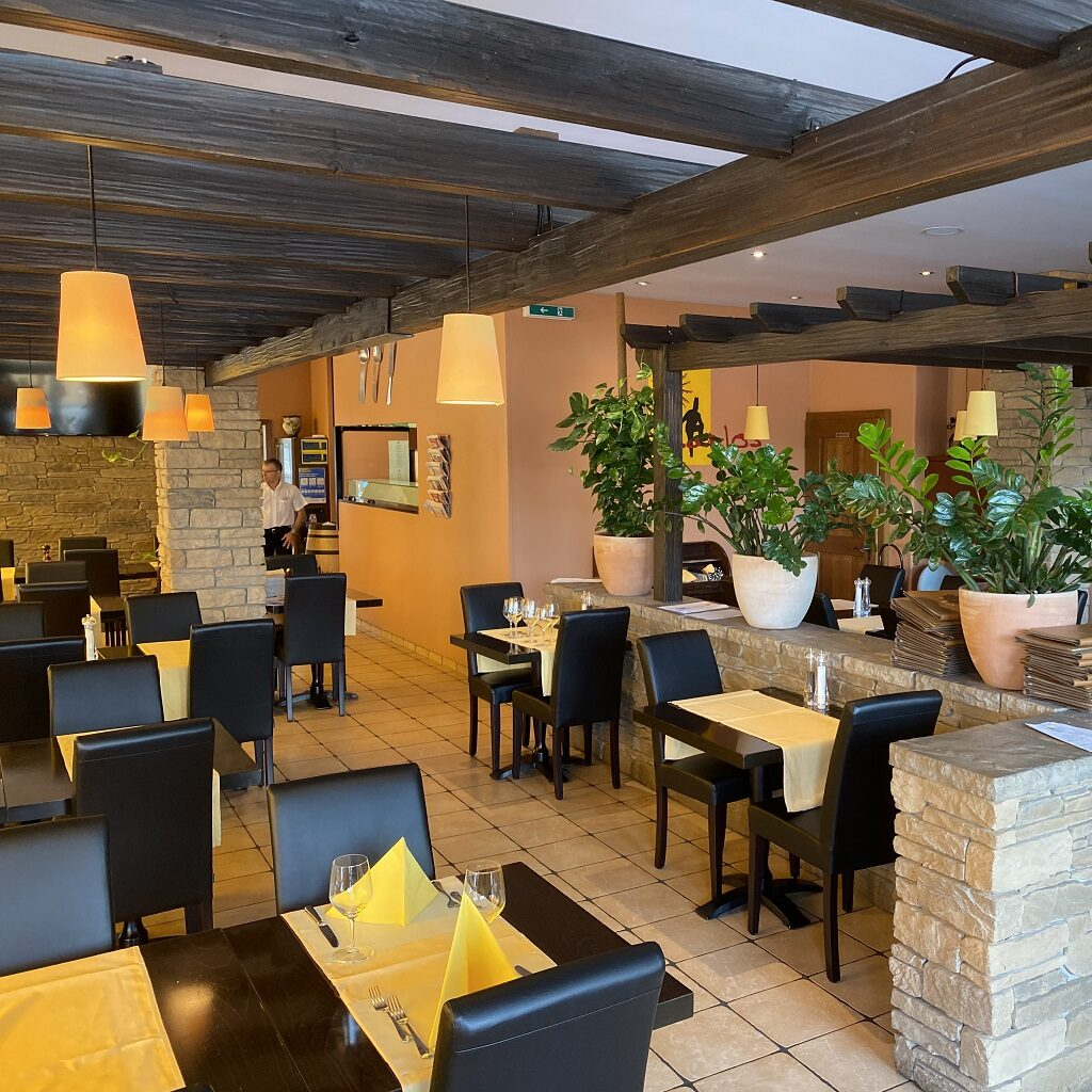 Da Carlos Restaurant
